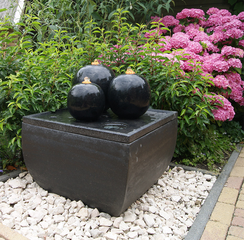 ubbink cordoba terrassenbrunnen springbrunnen gartenbrunnen mit led beleuchtung. Black Bedroom Furniture Sets. Home Design Ideas